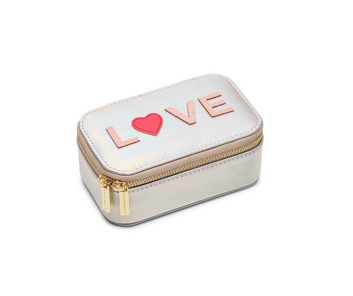 """Schmuckbox """"LOVE"""" von Estella Bartlett"""